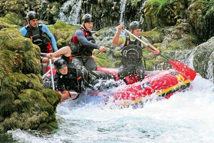 Rafting dans les Pyrénées - Gorges de l'Aude