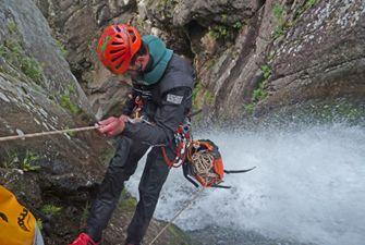 Canyons sportifs à la journée dans es Pyrénées Orientales