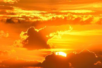 Lever du soleil sur le pic du Carlit