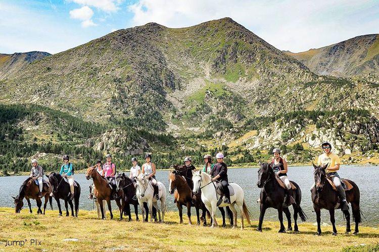 Randonnée à cheval sur le site des Bouillouses