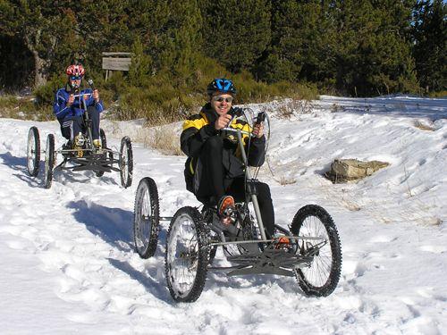 Quadbike dans la neige sur la station de Font-Romeu Pyrénées 2000